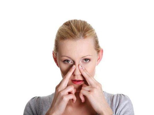 Cách massage giảm đau đầu